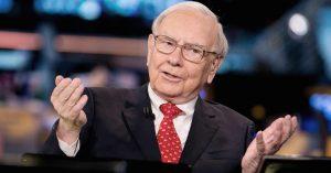 Warren Buffett, o maior investidor da atualidade e gestor da Berkshire Hathaway, é dono de um patrimônio de mais de US$71 bilhões