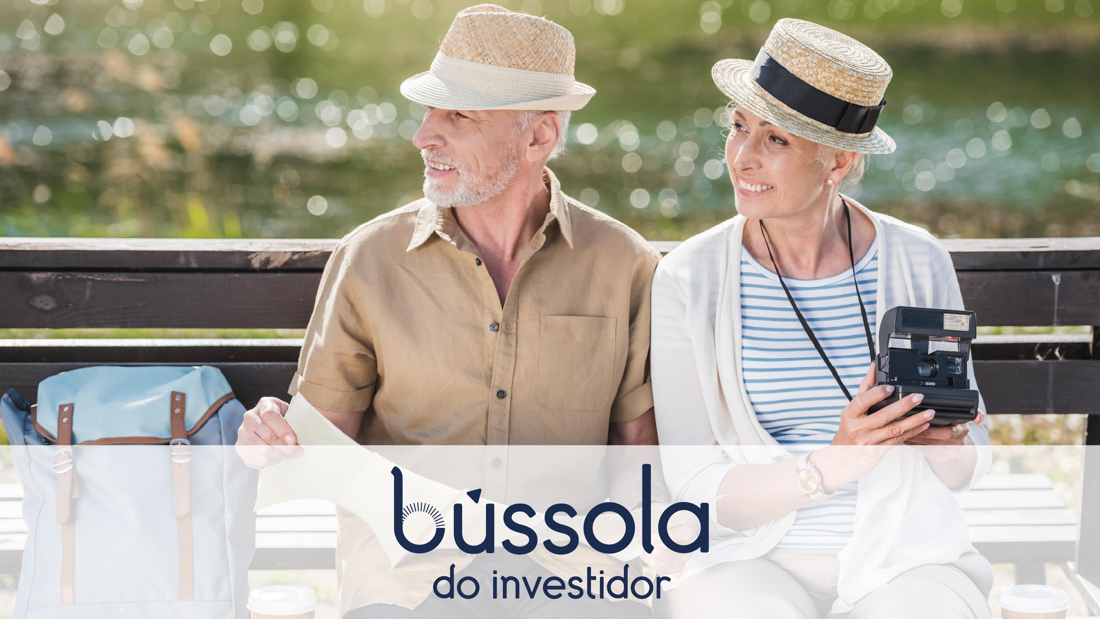dois velhinhos sentados no banco da praça