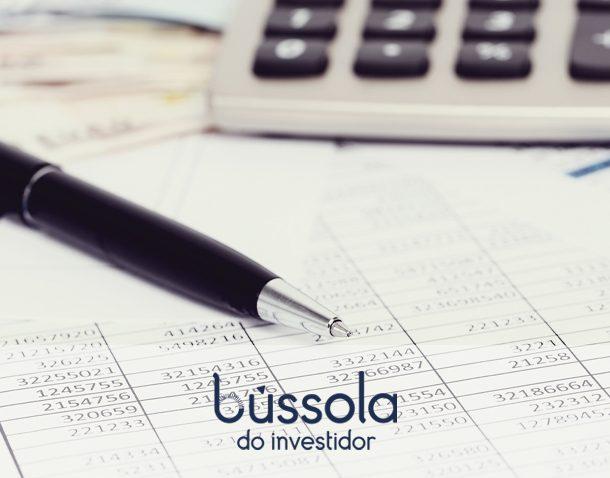 Caneta e calculadora simbolizam os novos cálculos da reforma tributária